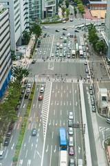 日本の都会の道路