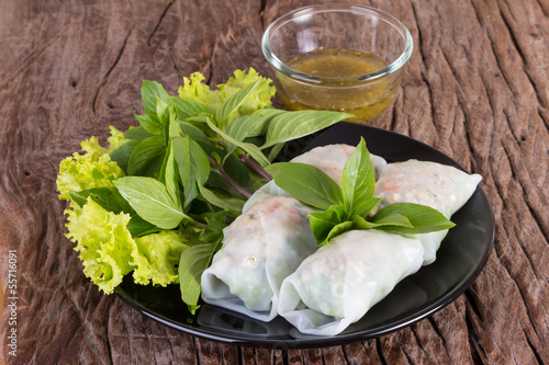 thai vegetarian spring roll