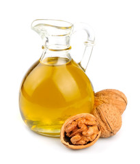 Walnuts oil
