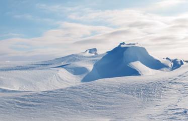 white snowy mountains