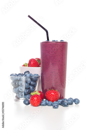 Fresh organic berry smoothie