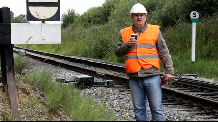 Worker with a coffee on the rail episode 4