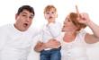 Junge Familie isoliert mit Ihrer kleinen Tochter