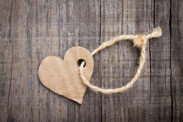 Paper Heart Tag