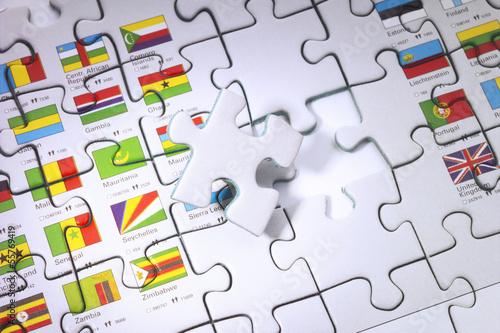 Puzzle mit fehlendem Stück, erhöhte Ansicht