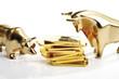 Bulle und Bär Skulpturen, Goldbarren