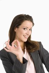 Geschäftsfrau gestikuliert