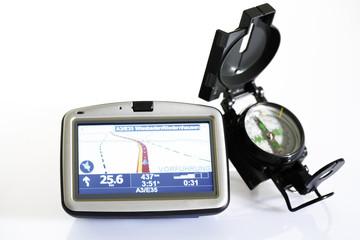 Navigationsgerät und Kompass, Nahaufnahme
