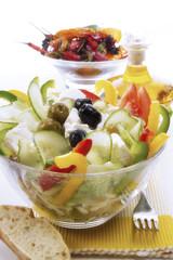 Griechischer Salat in der Schüssel, Nahaufnahme