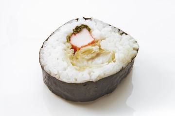 Sushi-Maki mit Surimi und Ingwer
