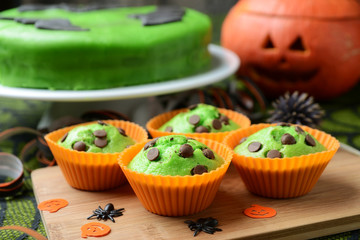 Grüne Halloweenmuffins