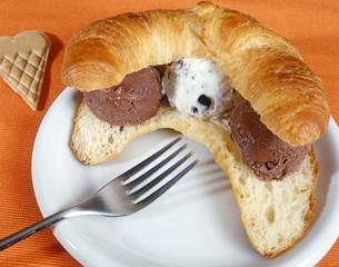 Croissant with Italian gelato