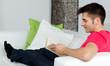 entspannen während man ein buch liest