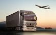 Transport mit LKW, Flugzeug und Schiff