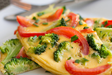 Broccoli and Tomato Omelette