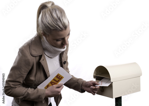 Delivering promotional letters to a mail box