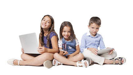 kids with new technology