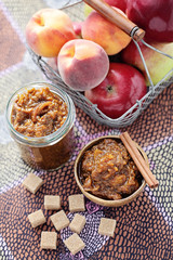 apple and peaches chutney