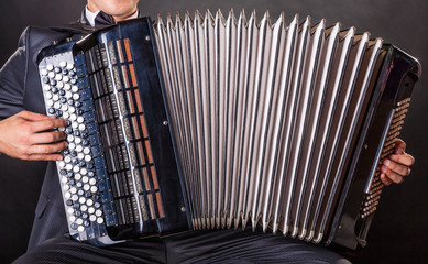 Playing the accordion