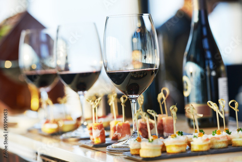Keuken foto achterwand Buffet, Bar close-up catering table set