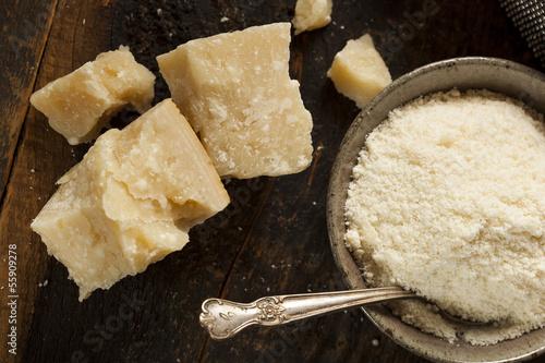 Staande foto Zuivelproducten Gourmet Organic Parmesan Cheese
