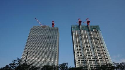 建設中の超高層ビル  (微速度撮影) 東京市ヶ谷あたり