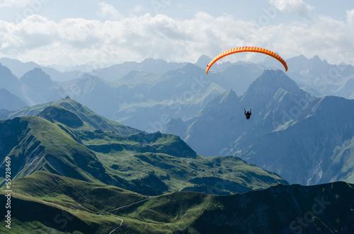 In de dag Luchtsport Gleitschirmflug