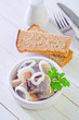 herring with onion and bread