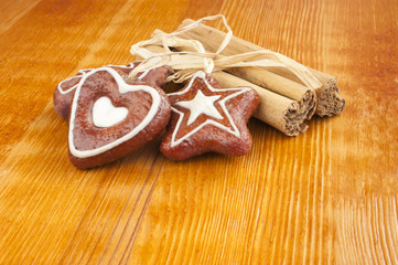 Cinnamon sticks, Christmas cookies, decoration.