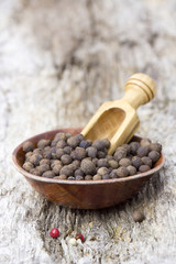 allspice in a bowl