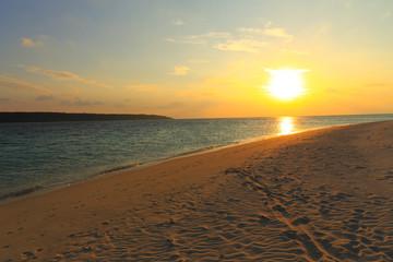 前浜ビーチの夕日