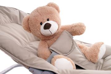 Babywiege mit Teddy