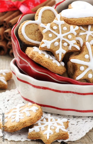 Decorated Christmas cinnamon cookies in a bowl