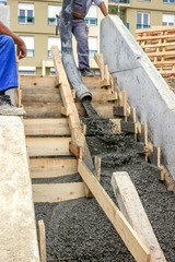 pouring concrete steps 3