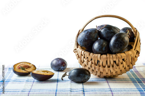Fresh plums in thebasket