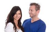 Junges Liebespaar - Mann und Frau isoliert