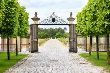 Gate to the entrance of a vineyard near St-Emilion