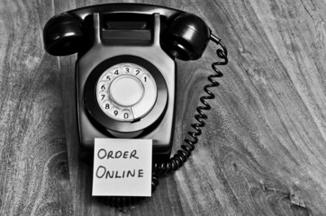 Shopping online versus telephone concept