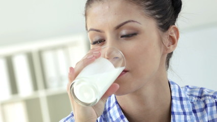 Milk moustache