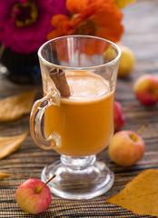 apple hot drink