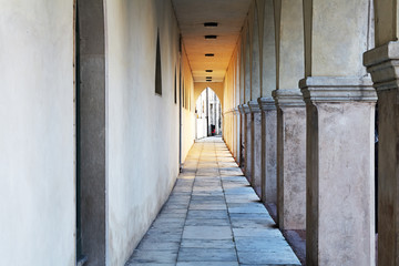 Colonnato,Vittorio Veneto