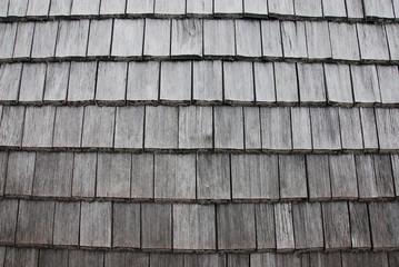 Dach gedeckt mit Holzschindeln