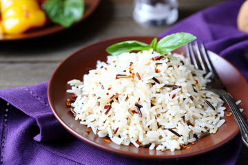Boiled white and wild rice