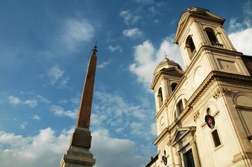 Trinità dei Monti in primavera, Piazza Spagna, Roma, Italia