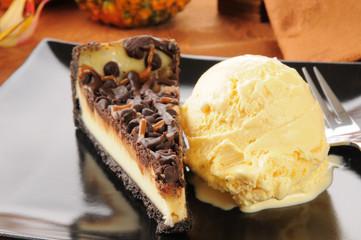 Turtle cheesecake and ice cream