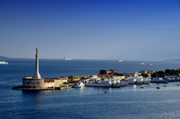 Port,Messina,Sicily,Italy