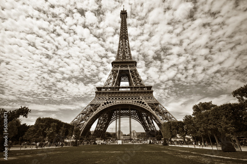 Eiffel tower in Paris - 56108471