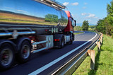 Fototapety Mirroring the landscape chrome tank truck