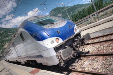 train en gare - bourg saint maurice