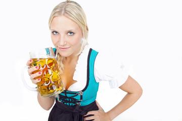 Frau mit Bierglas